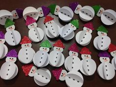 10 Easy Snowman Crafts for Kids and Adults ⋆ Winter Art Projects, Paper Crafts For Kids, Christmas Crafts For Kids, Christmas Activities, Preschool Crafts, Winter Christmas, Kids Christmas, Holiday Crafts, Christmas Decorations