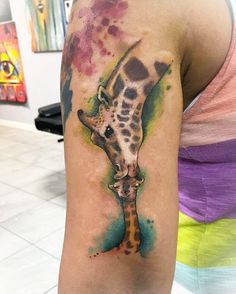 Momma giving smooshy kisses to baby! Momma giving smooshy kisses to baby! Baby Giraffe Tattoo, Baby Giraffes, Giraffe Art, Baby Animals, Elephant, Mother Daughter Tattoos, Tattoos For Daughters, Baby Tattoos, Cool Tattoos