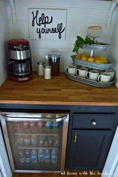 Coffee station                                                                                                                                                                                 More                                                                                                                                                                                 Más