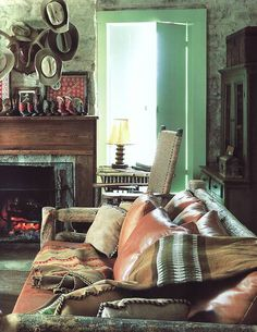 Ethnic by design by Dinah Hall 1992 | Living room.