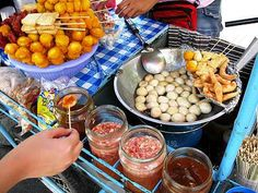 fried fish balls - perhaps my most favourite Filipino street food ever. I would eat this all day everyday! Pinoy Street Food, Filipino Street Food, Pinoy Food, Filipino Food, Filipino Dishes, Filipino Recipes, Asian Recipes, Food Porn, Philippines Food