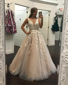 Dress champagne Champagne Lace Embroidery Tulle V-neck Floor Length Prom Dresses Ivory Lace Embroidery Champagne Tulle Prom Dresses Ball Gowns 2018 Elegant Quinceanera Dresses Lace Prom Gown, V Neck Prom Dresses, Quinceanera Dresses, Wedding Party Dresses, Dance Dresses, Ball Dresses, Sexy Dresses, Evening Dresses, Formal Dresses