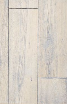 white washed oak flooring     Love this in a beach home!