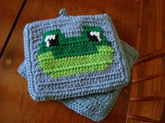 Frog Potholders - Frog Pot Holders - Frog Hot Pad - Kitchen, Home Decor - Blue, Green - Crocheted, Crochet Potholders, Pot Holders, Hot Pads by HoookedHandmade, $20.00