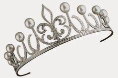 The Royal Order of Sartorial Splendor: Tiara Thursday: The Ansorena Princess Fleur de Lys Tiara