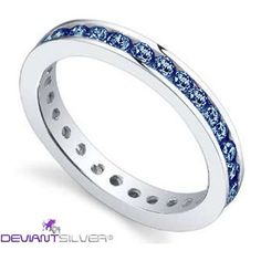 """Gli anelli fedine con luminosi zirconi zaffiro, gioielli in Argento 925/1000: la fedina """"BABY BLUE"""" è un gioiello caratterizzato dalla rivière di luminosi Zirconi color zaffiro a tuttogiro nell'argento di finitura lucida."""