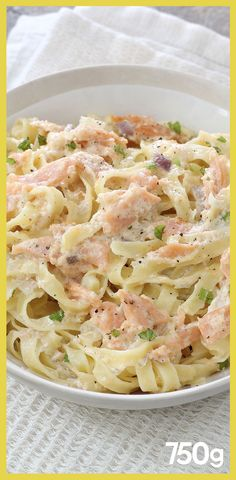 Italian smoked salmon tagliatelle – Famous Last Words Spaghetti Recipes, Pasta Recipes, Cooking Recipes, Healthy Recipes, Salmon Recipes, Salmon Tagliatelle, Easy Mac And Cheese, Mac Cheese, Diner Recipes