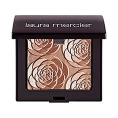 Beautiful face illuminator - looks beautiful on cheekbones and eyelids.