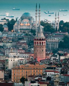 """5,985 Beğenme, 84 Yorum - Instagram'da Turkey_Home (@turkey_home): """"So much beauty in that shot! Which do you like more, the history of İstanbul or its stunning…"""""""