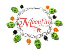 HALLOWEEN Green Skull Charm Bracelet