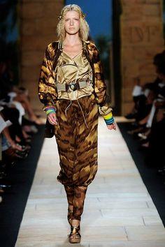 Diane von Furstenberg Spring 2010 Ready-to-Wear Fashion Show Gold Mesh Dress, She Girl, Tiger Print, Models, Fall Collections, Missoni, Diane Von Furstenberg, Classic Style