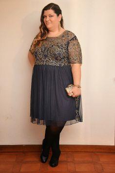 outfit plus size, taglie comode per Capodanno, abito asos curve, clutch vintage scarpe Oviesse