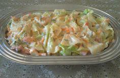 Salada de repolho com abacaxi Raw Food Recipes, Vegetarian Recipes, Cooking Recipes, Healthy Recipes, I Love Food, Good Food, Yummy Food, Portuguese Recipes, Food Inspiration