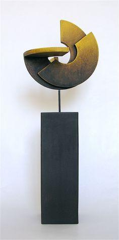 """RAMÓN URBÁN, E54 """"SECRETO ARTIFICIO XVI"""", Técnica mixta madera/hierro, 58x20. 2013."""