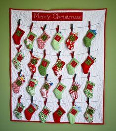 Cutest Christmas countdown ever. Going to have to learn to sew. Christmas Sewing, Christmas Fabric, Handmade Christmas, Christmas Stockings, Christmas Holidays, Fabric Advent Calendar, Advent Calendars For Kids, Kids Calendar, Calendar Ideas