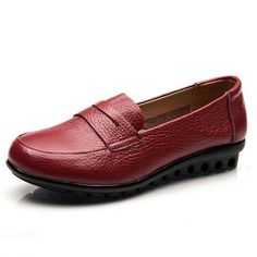 Women Flats Shoes New Designer Split Leather Slip On Women's Loafers Cozy Driving Mocassins Ladies Casual Flat Shoes
