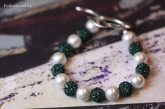 Bracelet Emerald Green and Pearl by PickleStiksandCo on Etsy, $22.00
