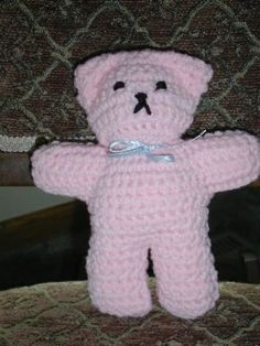 teddy.....looks more like a cat to me, maybe if I make it I'll give it a cat tail instead :o)