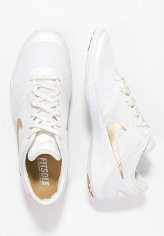 https://www.zalando.co.uk/nike-performance-studio-trainer-2-sports-shoes-n1241a0bs-a12.html