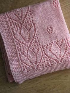 New Crochet Patterns For Kids Blanket Fun IdeasLace and Diamond Heirloom Blanket and Matching Jacketvery pretty knitting blanketno link; just imageThis Pin was discovered by Gül Crochet Baby Shawl, Crochet Blanket Border, Crochet Blanket Patterns, Crochet Lace, Diy Crafts Knitting, Easy Knitting, Lace Knitting Patterns, Knitted Baby Blankets, Fun Ideas