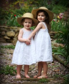 looking for dresses and hats like this for my little princesses