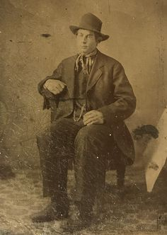John Tunstall on a sixth plate tintype. Benefactor of Billy The Kid, his cold blooded murder set off the Lincoln County War. Without a doubt the original Regulator. Appearing here on a sixth plate tintype. Original image from the collection of P. W. Butler. William H Bonney, Wild West Outlaws, Old West Photos, Real Cowboys, Billy The Kids, West Art, The Old Days, Mountain Man, Western Cowboy