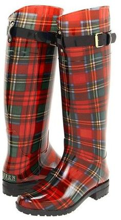 Ralph Lauren McLeod Tartan Wellies Rain Boots LOVE these! Given theyre McLeod tartan. Stylish Rain Boots, Cool Boots, Warm Boots, Mode Tartan, Tartan Plaid, Black Plaid, Wellies Rain Boots, Ugg Boots, Boot Over The Knee