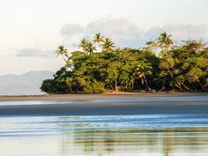 Costa Rica Honeymoon: Weather and Travel Guide   Photo by: Thinkstock   TheKnot.com