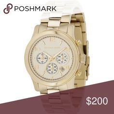 MICHAEL KORS RUNWAY GOLD WATCH LIGHTLY WORN. INCLUDES BOX AND LINKS. Michael Kors Accessories Watches