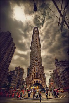 Beautiful shot of the Flatiron building!  NYC