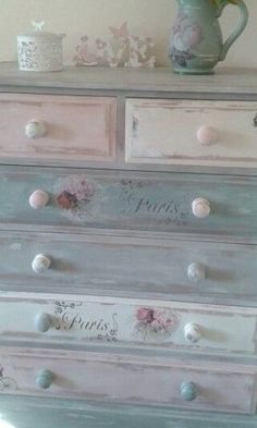 Shabby Chic Furniture In a family room, try to arrange your furniture into centers. Decoupage Furniture, Hand Painted Furniture, Distressed Furniture, Funky Furniture, Refurbished Furniture, Paint Furniture, Repurposed Furniture, Furniture Projects, Furniture Makeover