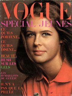 Barbara Barnard en couverture de Vogue Mai 1970, photo Jean-Loup Sieff