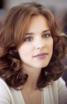 "The Canadian artist, 'Rachel McAdams' is a real brunette. She initially worked in some television programs and filmRead More ""Rachel Mcadams Hairstyles"" Rachel Mcadams Blonde, Rachel Anne Mcadams, Rachel Mcadams Husband, Hair Styles 2014, Medium Hair Styles, Rachel Macadams, Blonde Vs Brunette, Long Curly, Medium Curly"