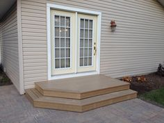 New Patio Pavers With 2 Step Deck
