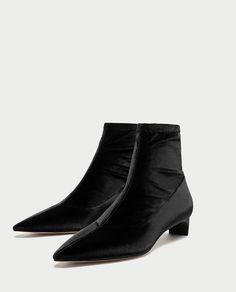 De 10+ beste bildene for Heels   hæl, støvler, svarte sko