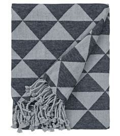 Via HEMA   Geometric Blanket