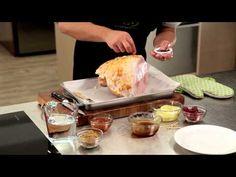How To Glaze a Ham Christmas Traditions, Christmas Recipes, Best Mince Pies, Christmas Pudding, Christmas Countdown, Food Preparation, Ham, Glaze, Turkey
