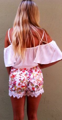 Alice Palace Shorts. This site has such cute clothes
