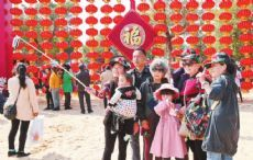 Yunnan unique ethnic culture attracts increasing tourists