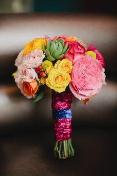 glitter bouquet wrap! | Kristyn Hogan #wedding