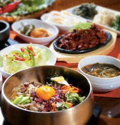 Yummy bibimbap, je-yuk bokkeum, and banchan!