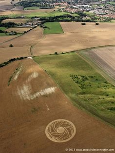Crop Circle at Etchilhampton Hill, Nr Devizes, Wiltshire. Reported 19th August 2013