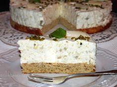 #Rhabarbercreme-Torte #LowCarb #glutenfrei Rhabarber/Erdbeer Kompott mit Gelatine als Schicht direkt auf den Boden geben