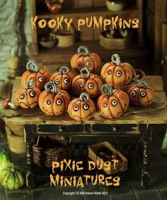 Kooky Jack O Lanterns (Pixie Dust Miniatures) Creepy Halloween Props, Vintage Halloween, Fall Halloween, Halloween Crafts, Halloween Decorations, Halloween Scene, Halloween Ornaments, Polymer Clay Halloween, Polymer Clay Crafts