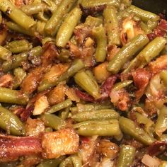 Country Style Green Beans with Red Potatoes Recipe Small Red Potatoes, Green Beans And Potatoes, Red Potato Recipes, Vegetable Recipes, Creamy Corn Casserole, Southern Cooking Recipes, Slow Cooking, Smoked Turkey, Pork Tenderloin Recipes
