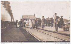 RP: Train at C.P. Railroad Deot , LACOMBE , Alberta , Canada , PU-1913 Item number: 253918615 - Delcampe.com