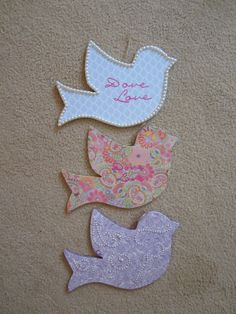 I'm not a Sigma Kappa, but what beautiful doves! They would be such elegant door tags!