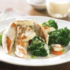 Cheesy chicken and vegetables Chicken And Vegetables, Roasted Vegetables, Gluten Free Recipes, Healthy Recipes, Healthy Food, Haloumi Cheese, Orange Yogurt, Chicken Tenderloins, Greek Yoghurt