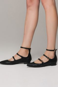 Flat Pointed Ankle Strap Shoes - FrontRowShop