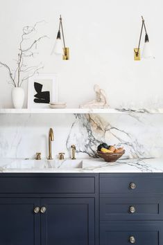 Supreme Kitchen Remodeling Choosing Your New Kitchen Countertops Ideas. Mind Blowing Kitchen Remodeling Choosing Your New Kitchen Countertops Ideas. Huge Kitchen, Rustic Kitchen, Kitchen Dining, Kitchen Decor, Kitchen Ideas, Kitchen Styling, Marbel Kitchen, Decorating Kitchen, Decorating Ideas
